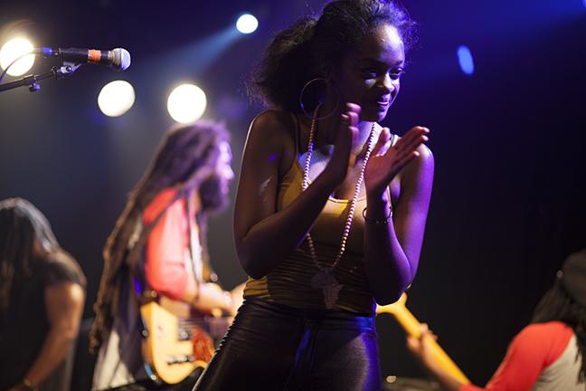 Female vocalist, Wailers - San Francisco, CA  (c. 2015)